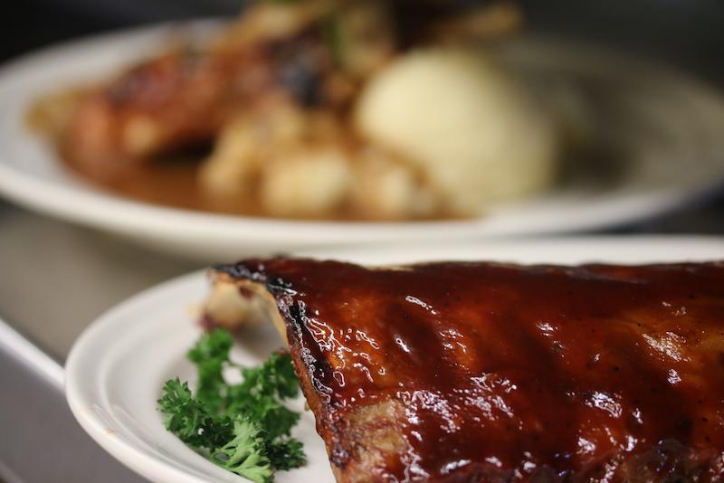 Dinner - Glenville Queen Family Restaurant 210 Saratoga Road, Glenville, NY 12302